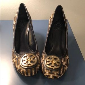 Tory Burch Beaded Heels in Nearly New Condition
